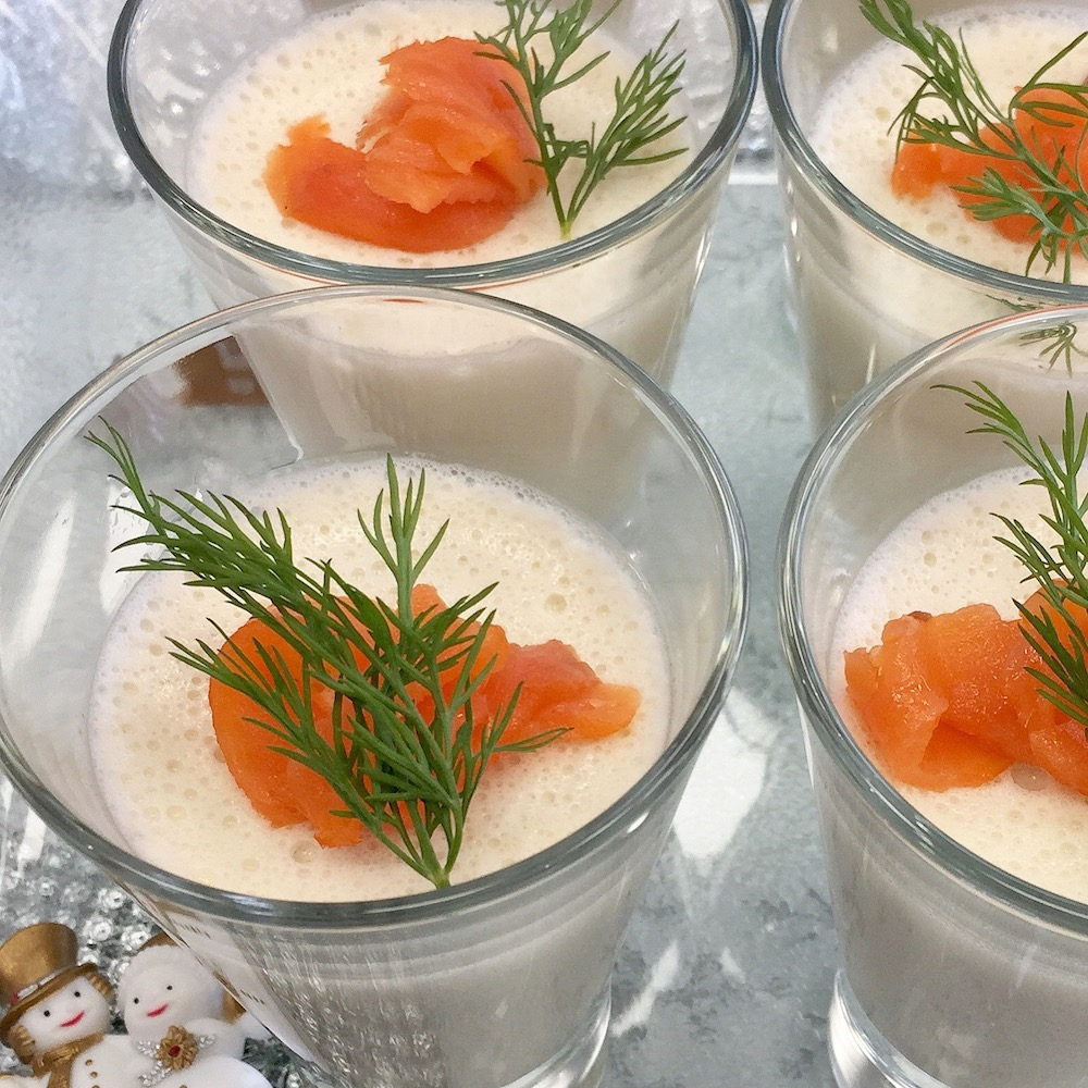 Verrines de mousse saumon aneth